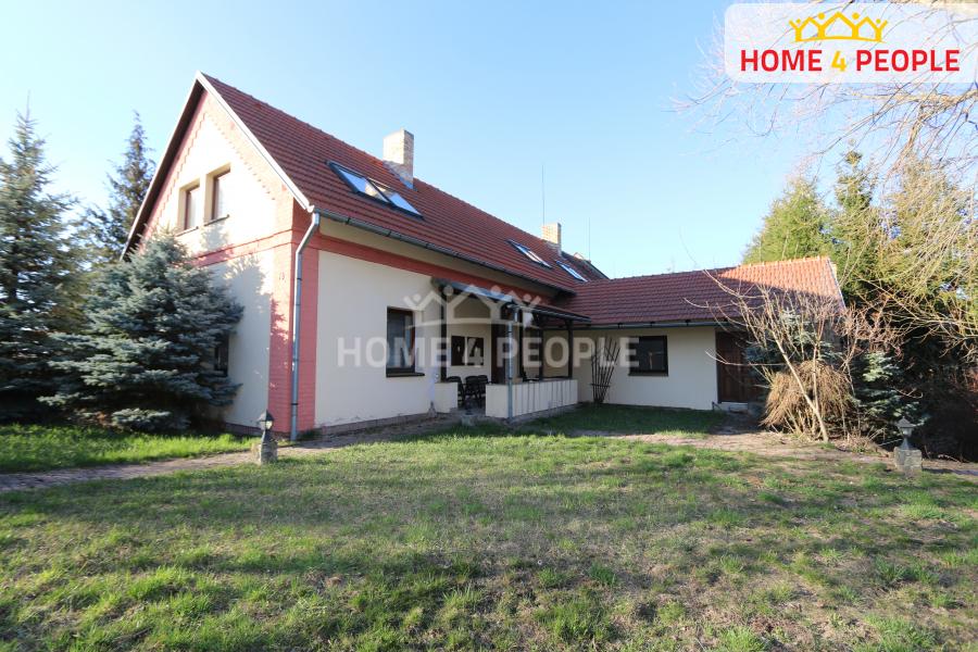 Pronájem domu, Rodinný, 160 m2